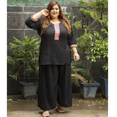 Damyantii Women's Plus Size Rayon Black Kurti